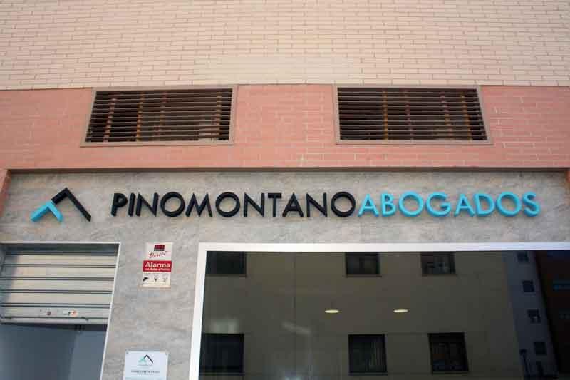 Local Oficina Pino Montano Abogados