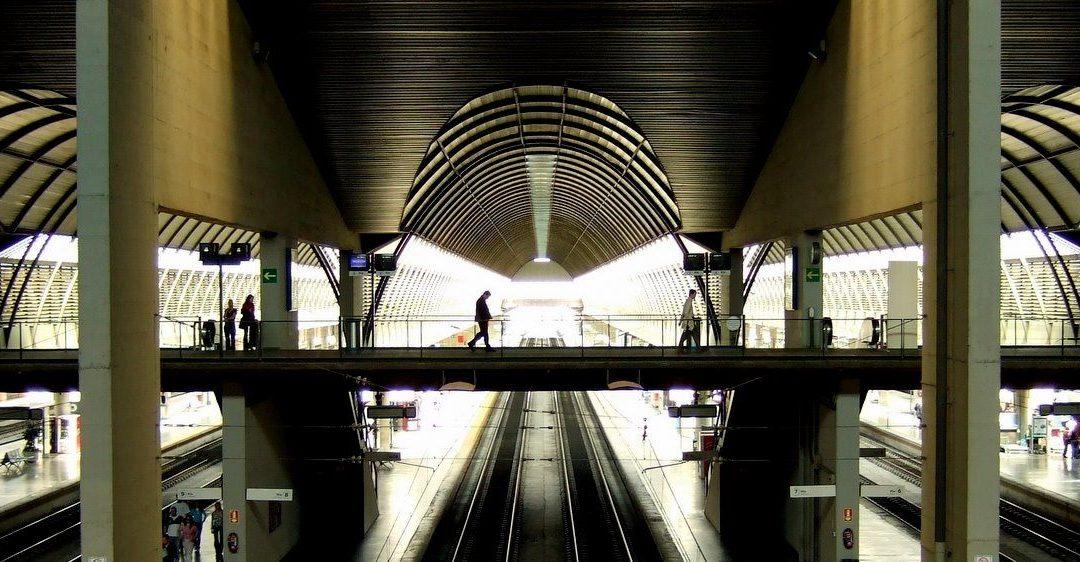 La arquitectura de la Estación de trenes de Santa Justa